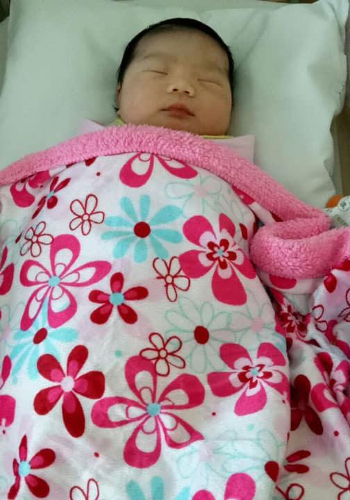 heidi-baby-umur-2-hari